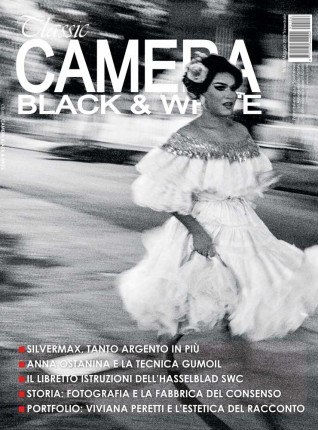 Classic Camera Black&White 106